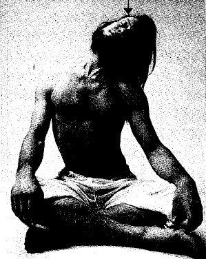 ヨガポーズ・頭と首の横曲げ